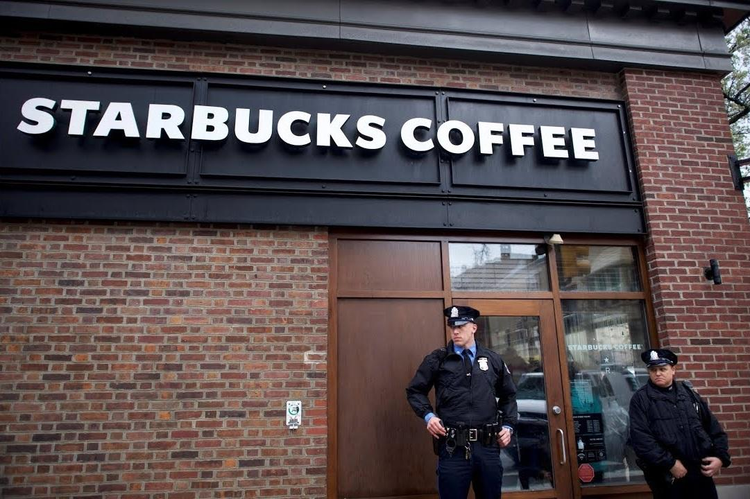 Starbucks Forced To Apologize After Post-Cop-Ban #DumpStarbucks Campaign Goes Viral