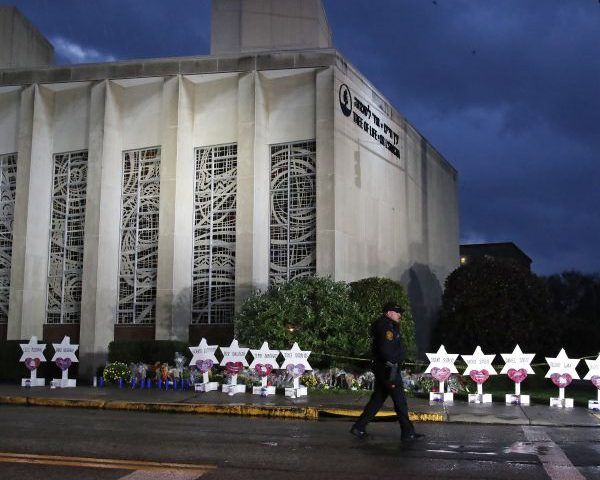 US to Seek Death Penalty for Accused Pittsburgh Synagogue Shooter