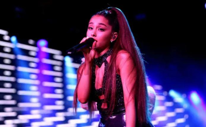 """What Bubble? Ariana Grande Makes """"Well Into Six Figures"""" For Single Instagram Post"""