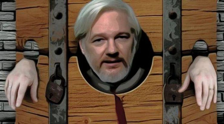 "Assange ""Could Die In Prison"" Without Urgent Medical Care, 60+ Doctors Warn"