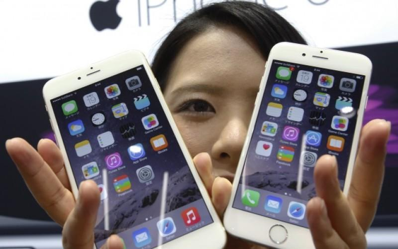 Apple Issues Warning Over iPhone Replacement Shortage