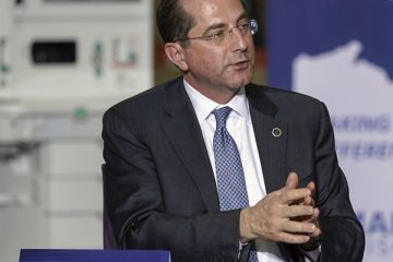 Report: White House Moving to Replace HHS Chief Azar