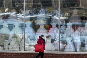 US Retail Sales See Record Drop in March