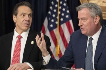 NY's Cuomo, de Blasio Delayed Distancing, Increasing Death Toll